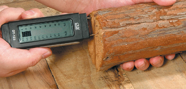 Measuring dampness in Timber